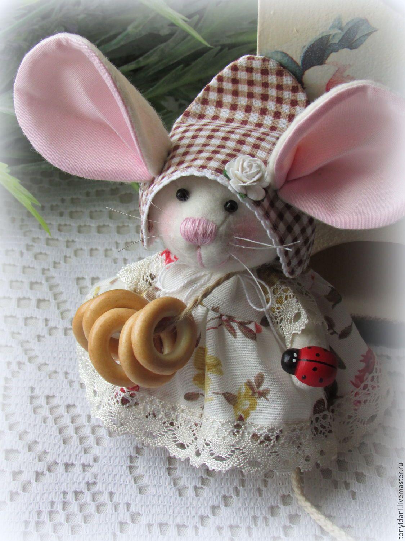 Мышонок из ткани своими руками 9