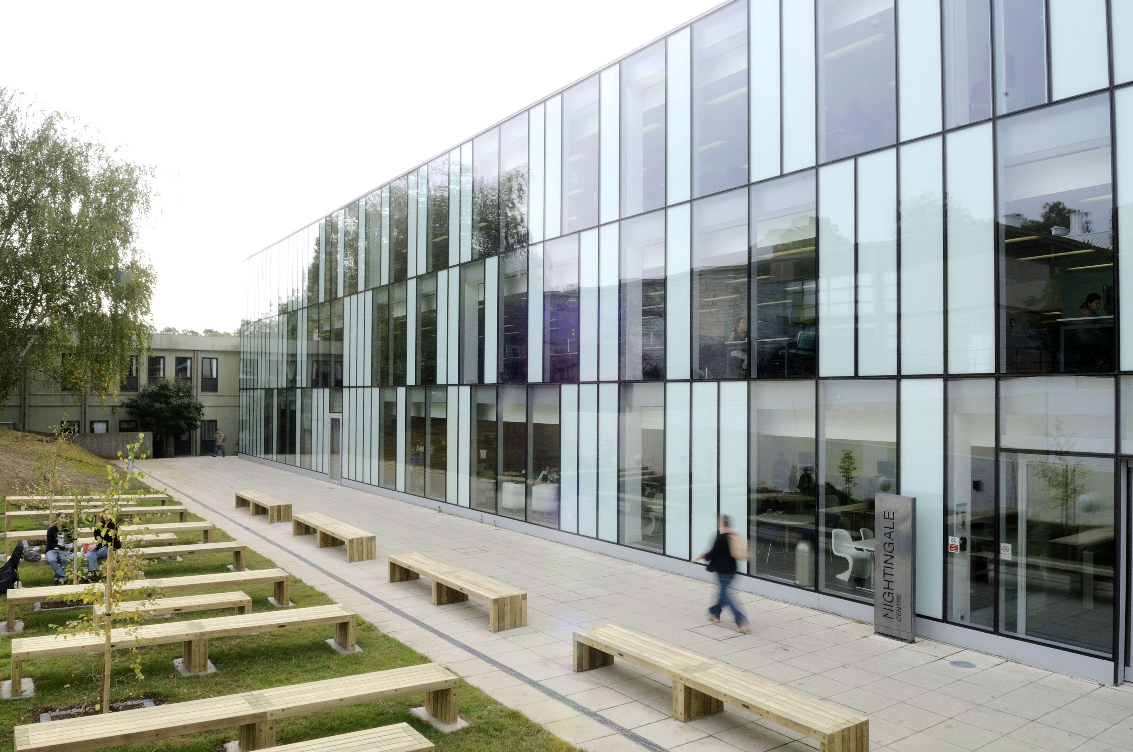 Fashion designing college in london 64