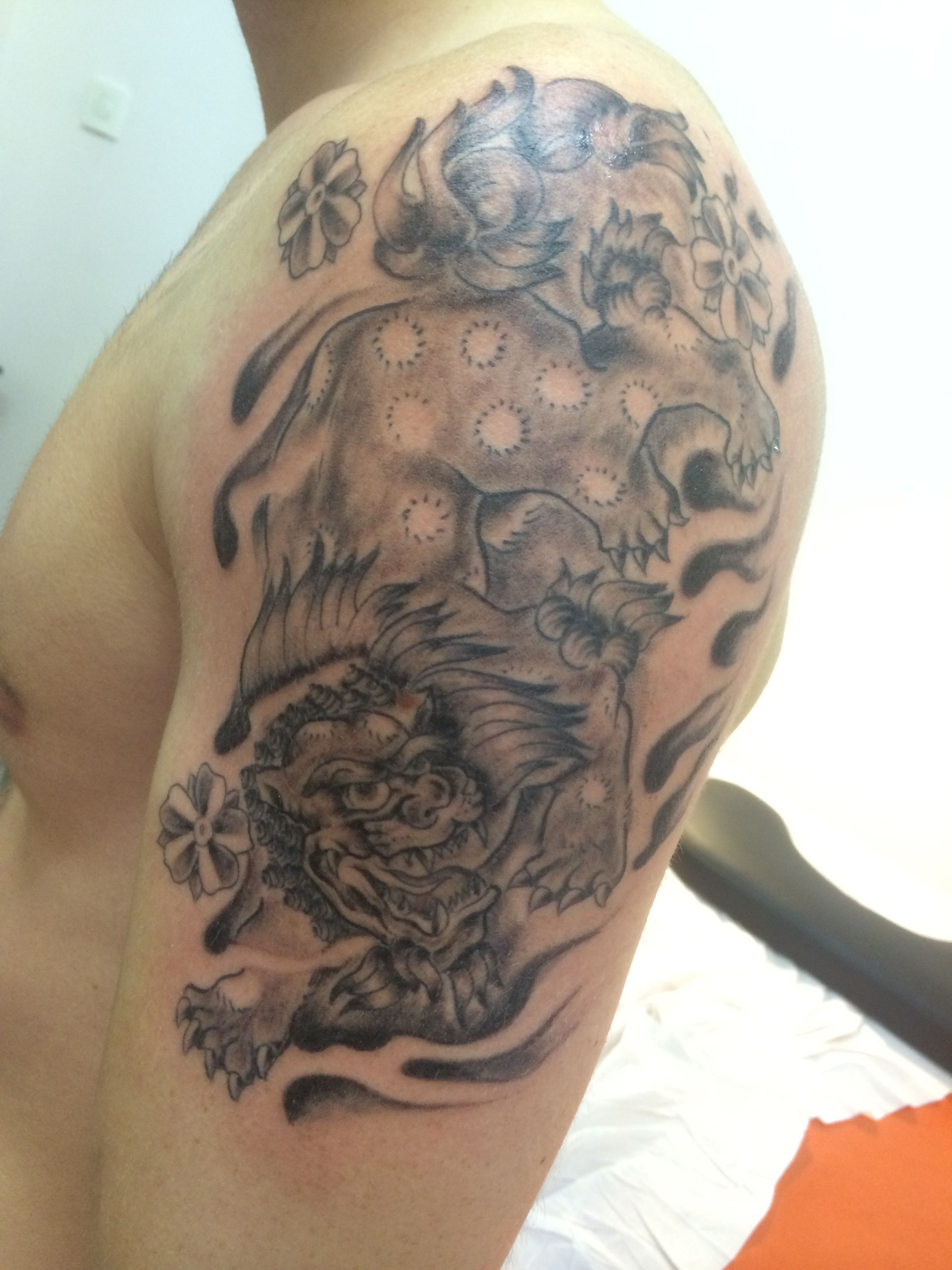 Foo dog tattoo addiction tattoo strasbourg pinterest for Tattoo addiction albany ga