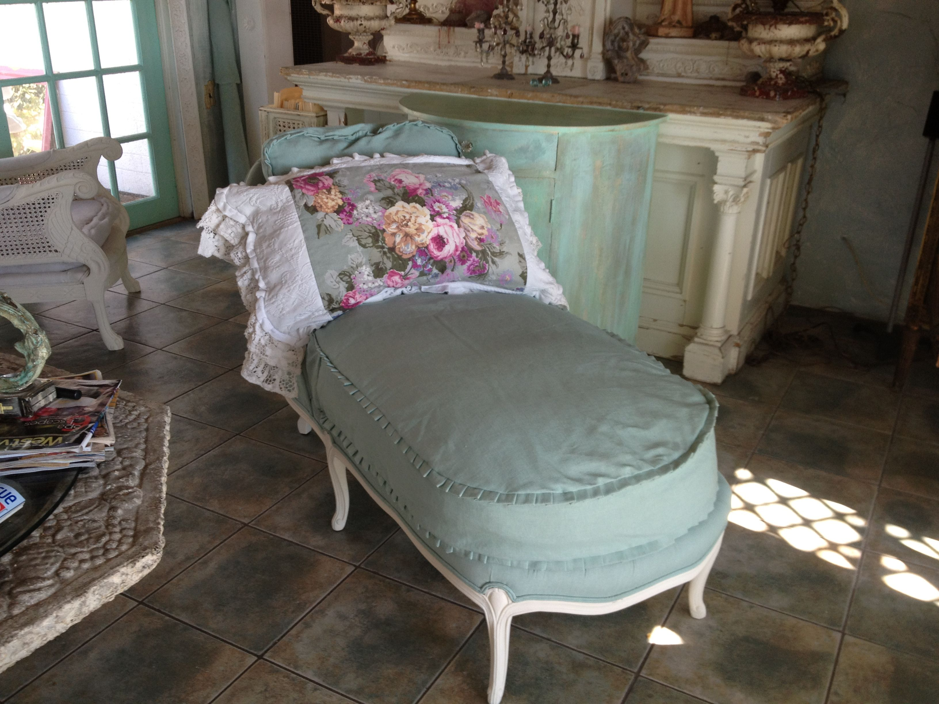 Country French Chaise Lounge Shabby Chic Romantic