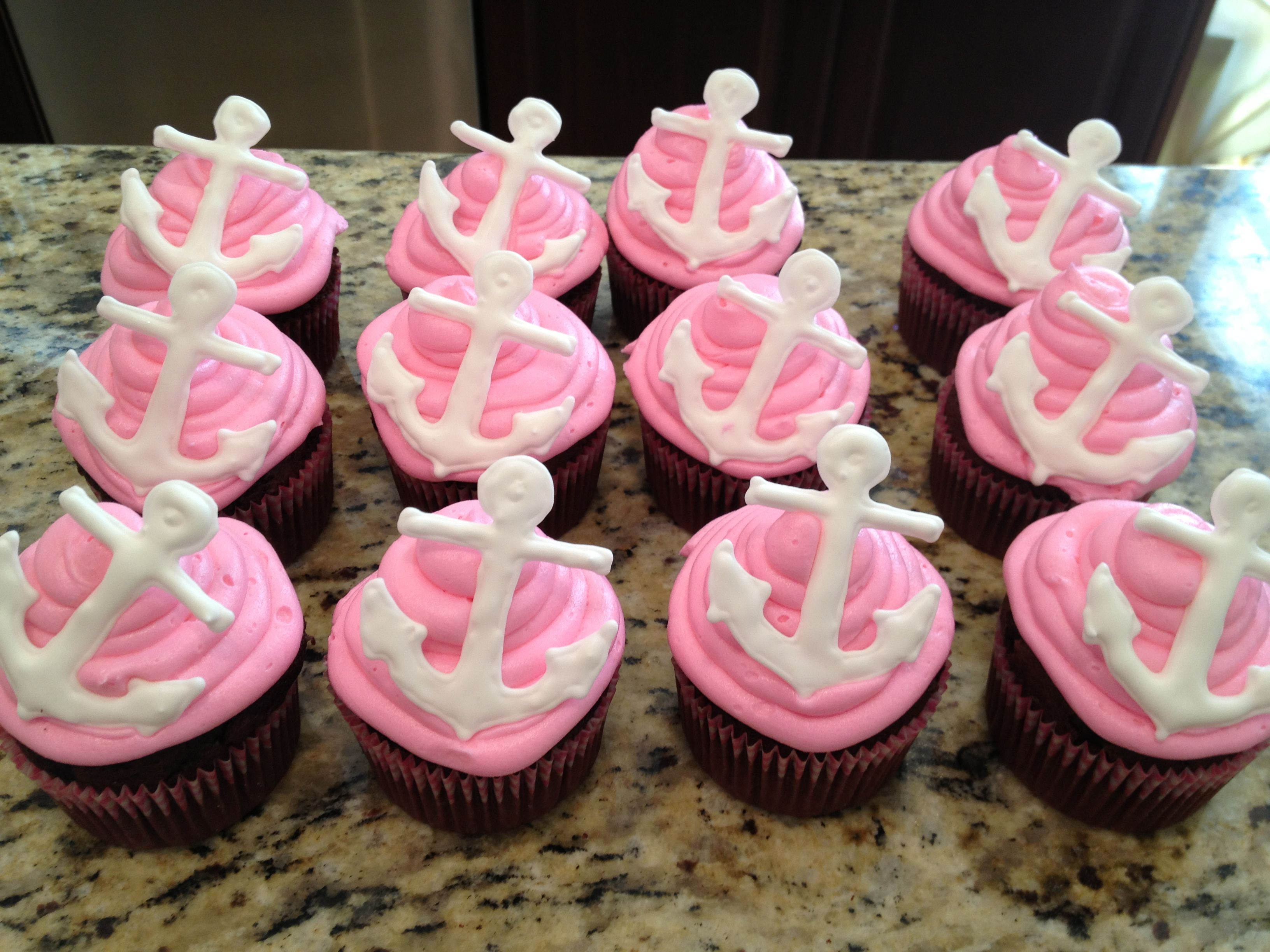 Vineyard Vine cupcakes | Southern Comfort | Pinterest