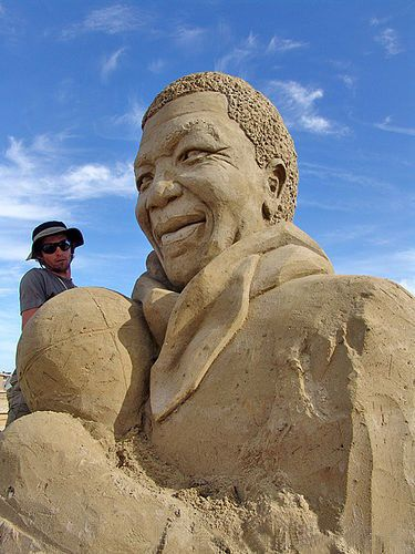 Nelson Mandela Sand Sculture by Oscar Rodriguez