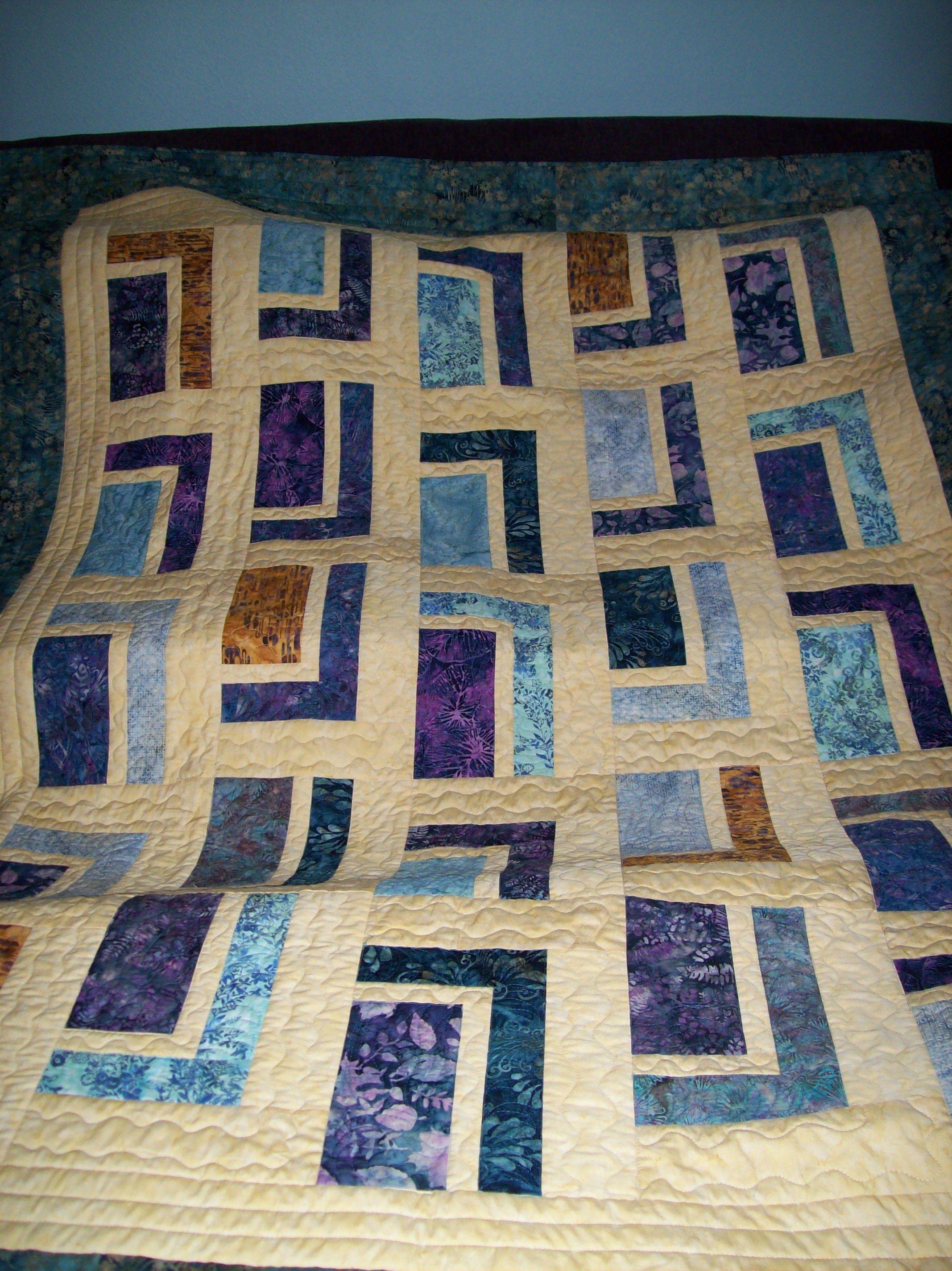 Quilt Pattern Urban Cabin :  Urban Cabin pattern done with batiks Quilting Pinterest