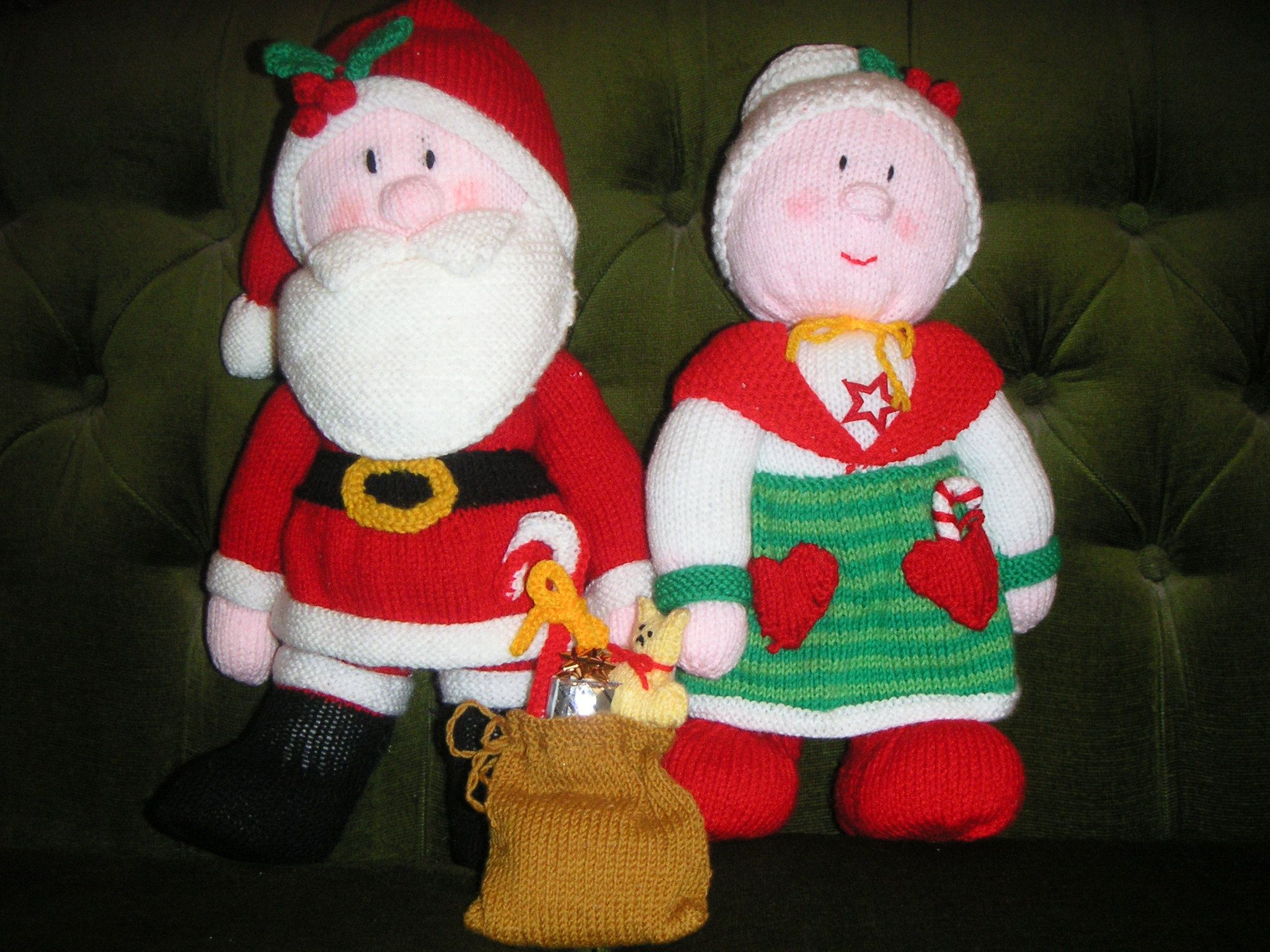 Mr and Mrs Claus | Christmas | Pinterest