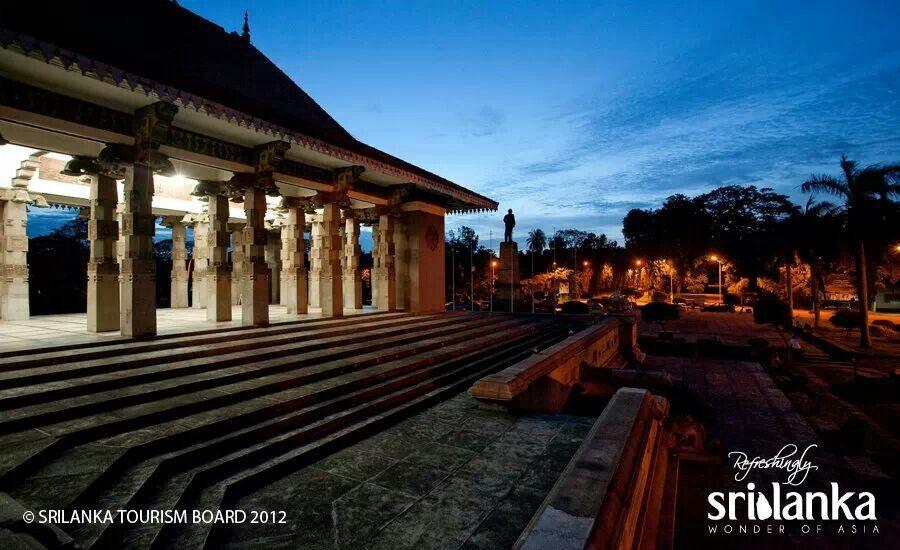 essays about sri lanka tourism