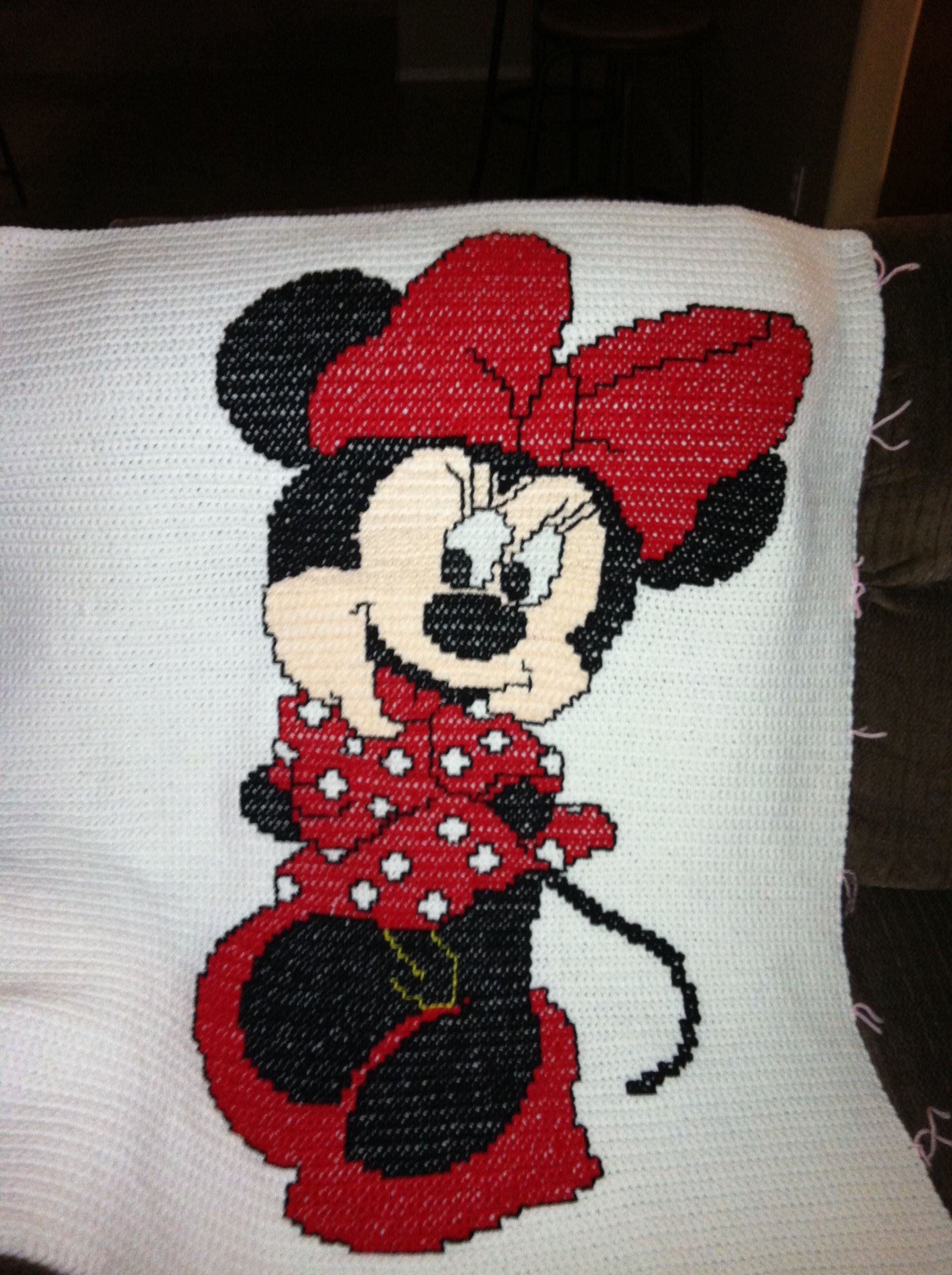 Crochet Pattern For Minnie Mouse Blanket : minnie mouse crochet afghan patterns