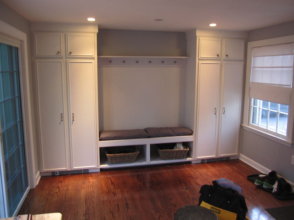 Mudroom ideas home decor pinterest - Mud room designs small spaces plan ...