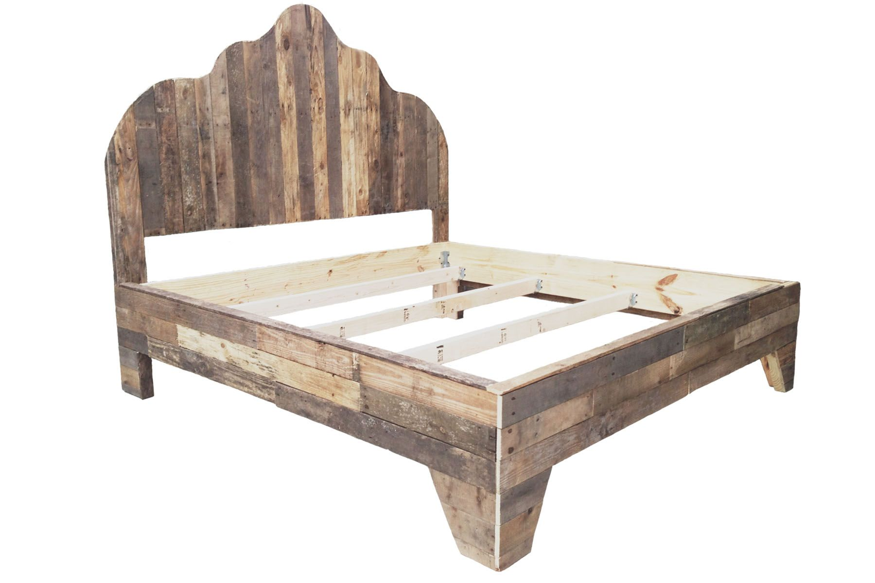 Pallet king size bed diy diy pinterest for Pallet king bed frame