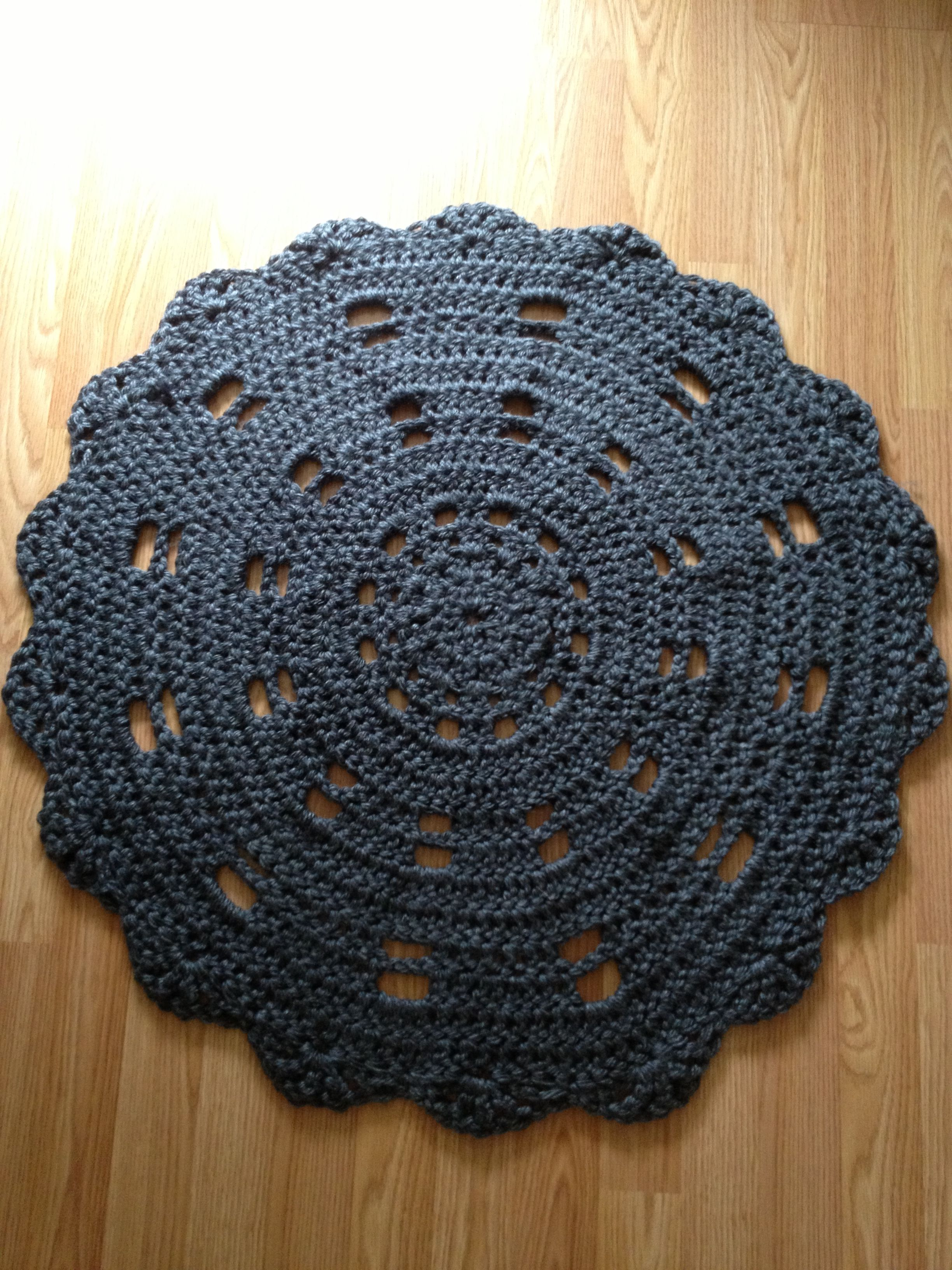 Crocheting Round Rugs : Round crocheted rug. Crochet inspiration Pinterest