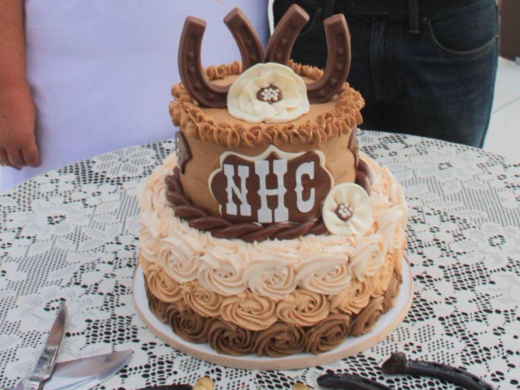 Western themed wedding cake Western Cakes