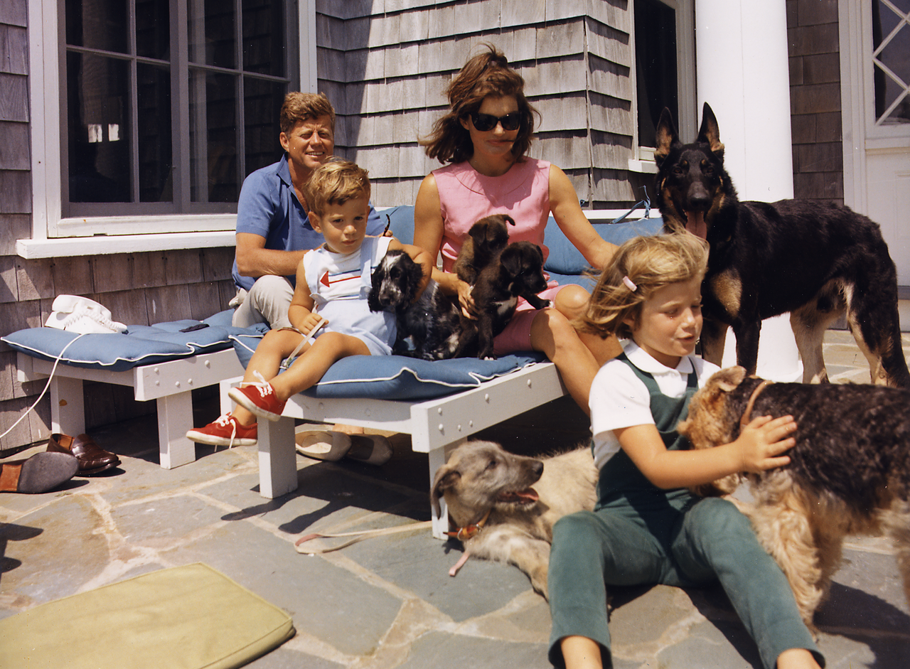 kennedy family at hyannisport 1963 camelot pinterest