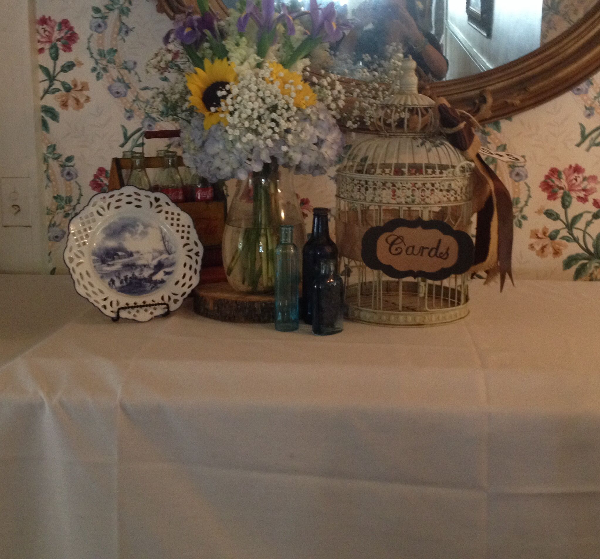 Rustic sunflower wedding gift table Wedding and Christmas Ideas ...