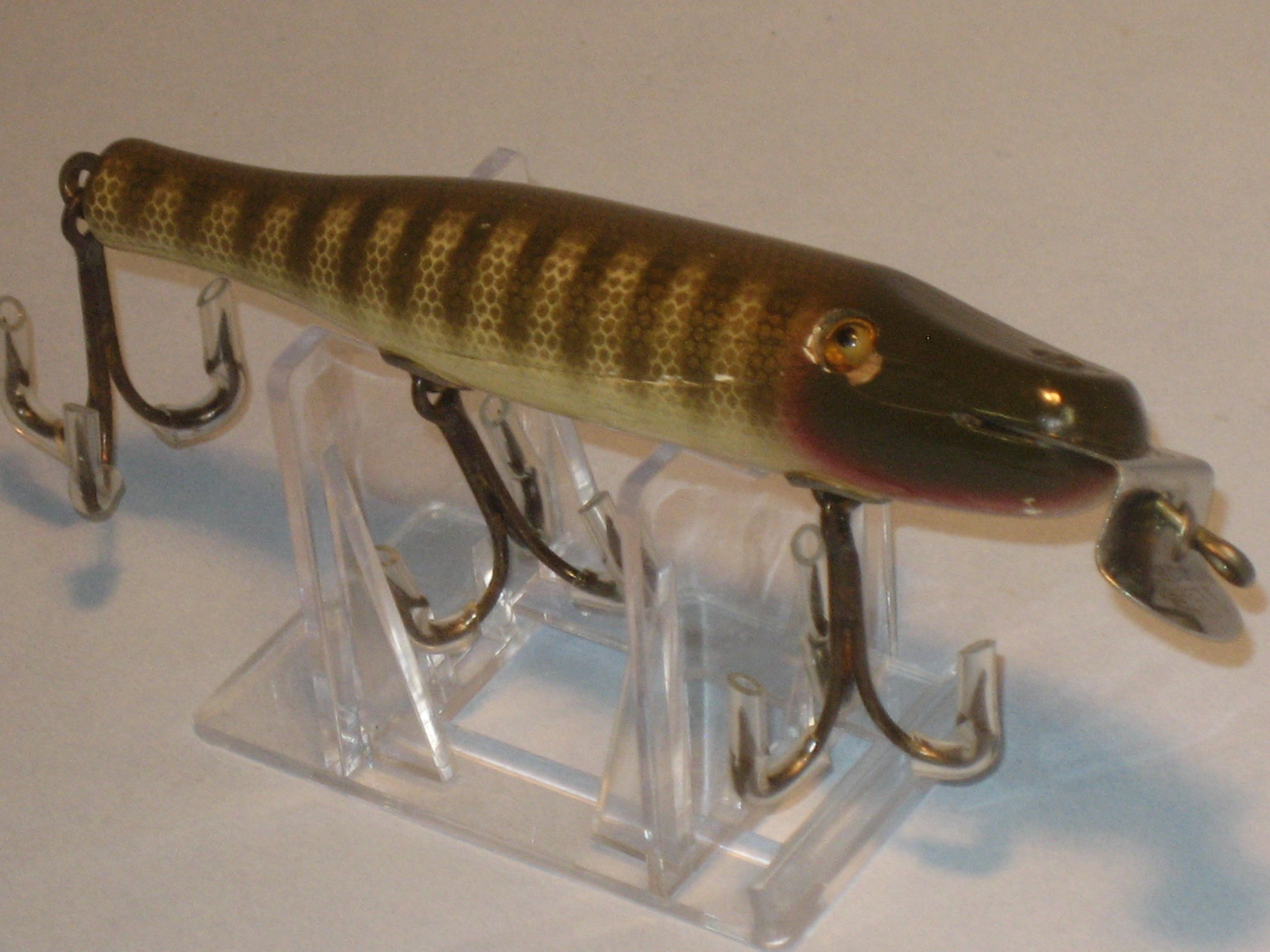 Creek chub pikie vintage fishing tackle pinterest for Vintage fishing tackle