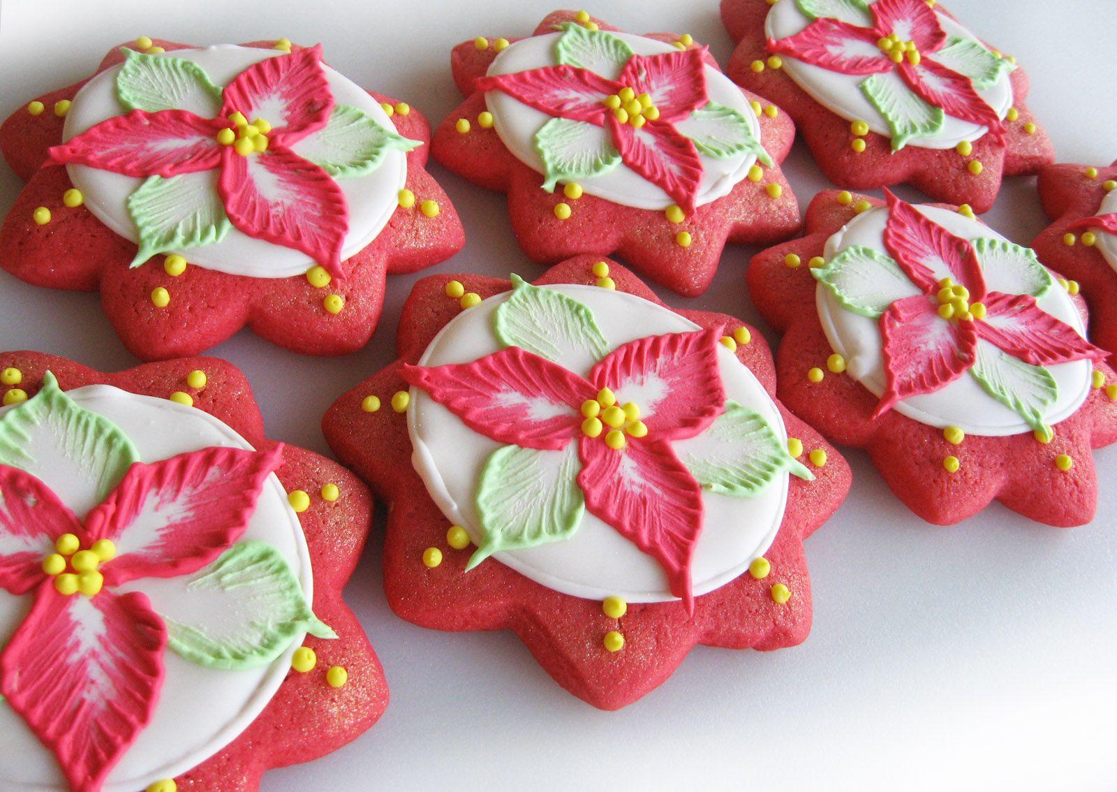 Poinsettia sugar cookies. | BEAUTIFUL COOKIES | Pinterest