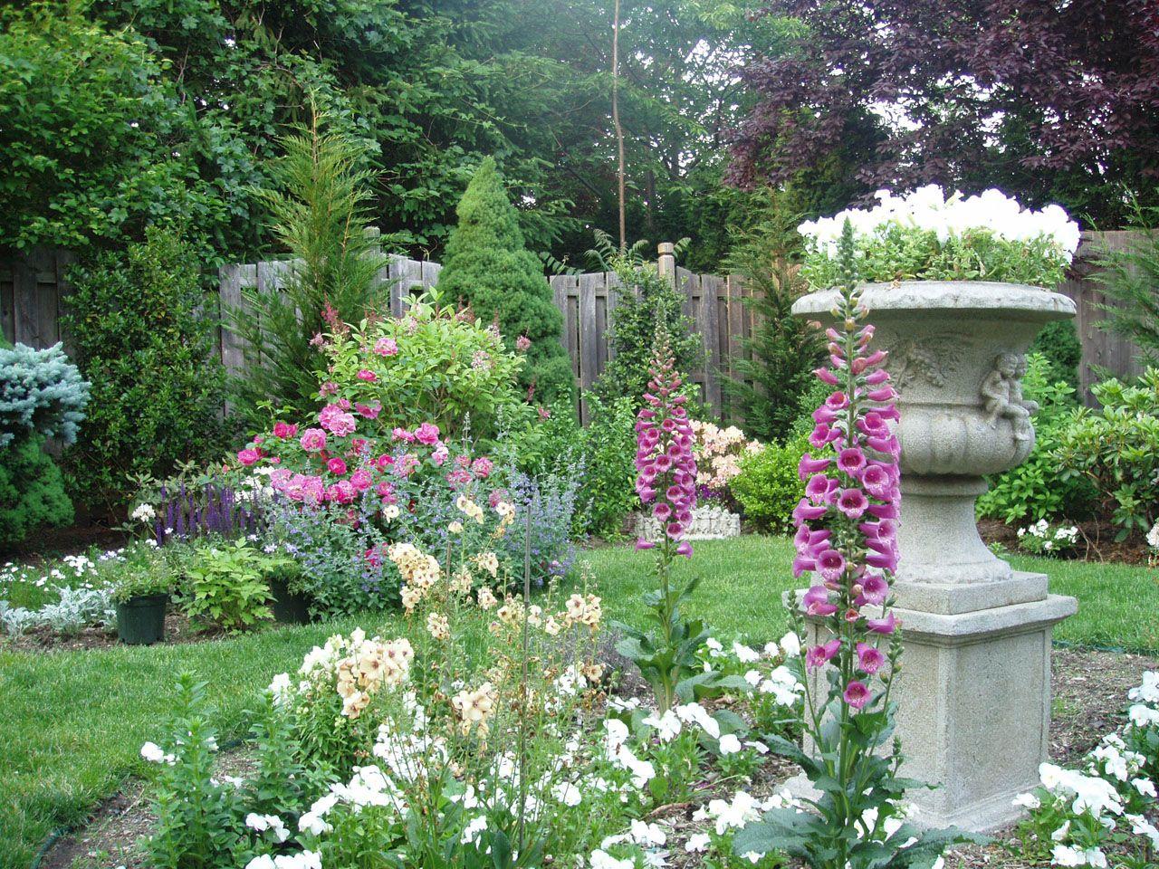 English Cottage Garden Victorian Gardens Pinterest 400 x 300