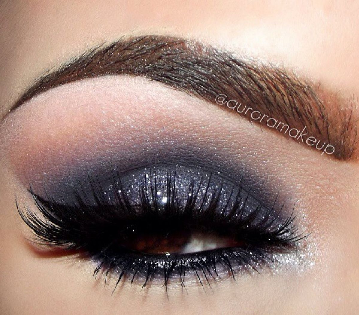 Beautiful Smoky Sparkle Grey Makeup Smokey Eyes