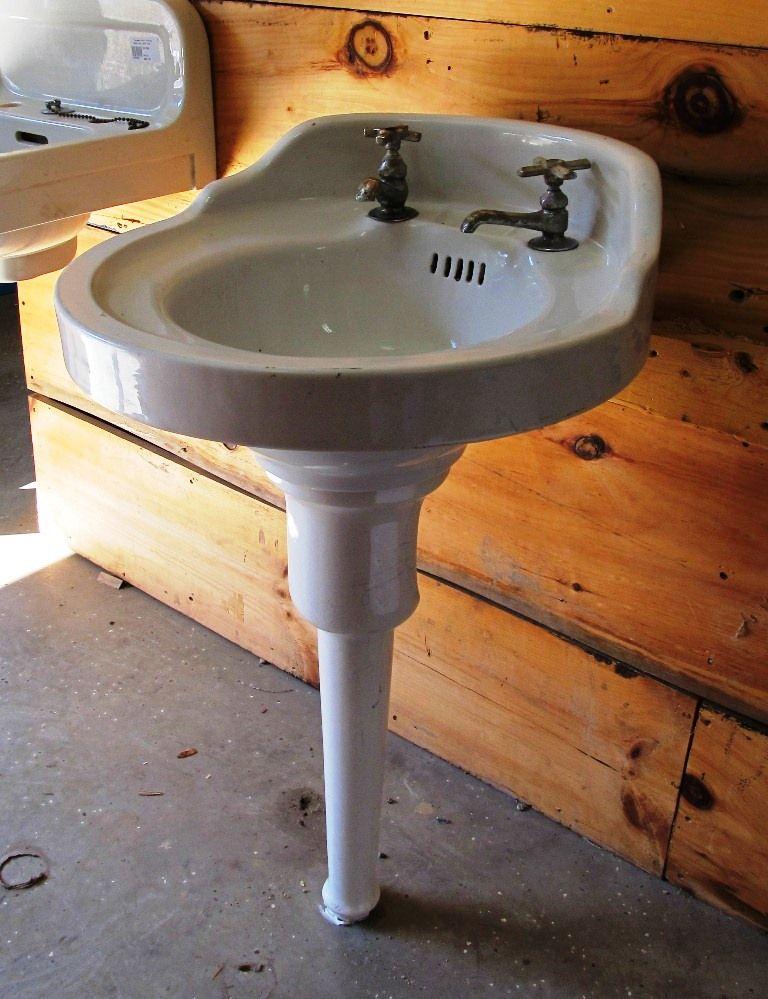 Two Leg Pedestal Sink : pedestal sink bath Pinterest