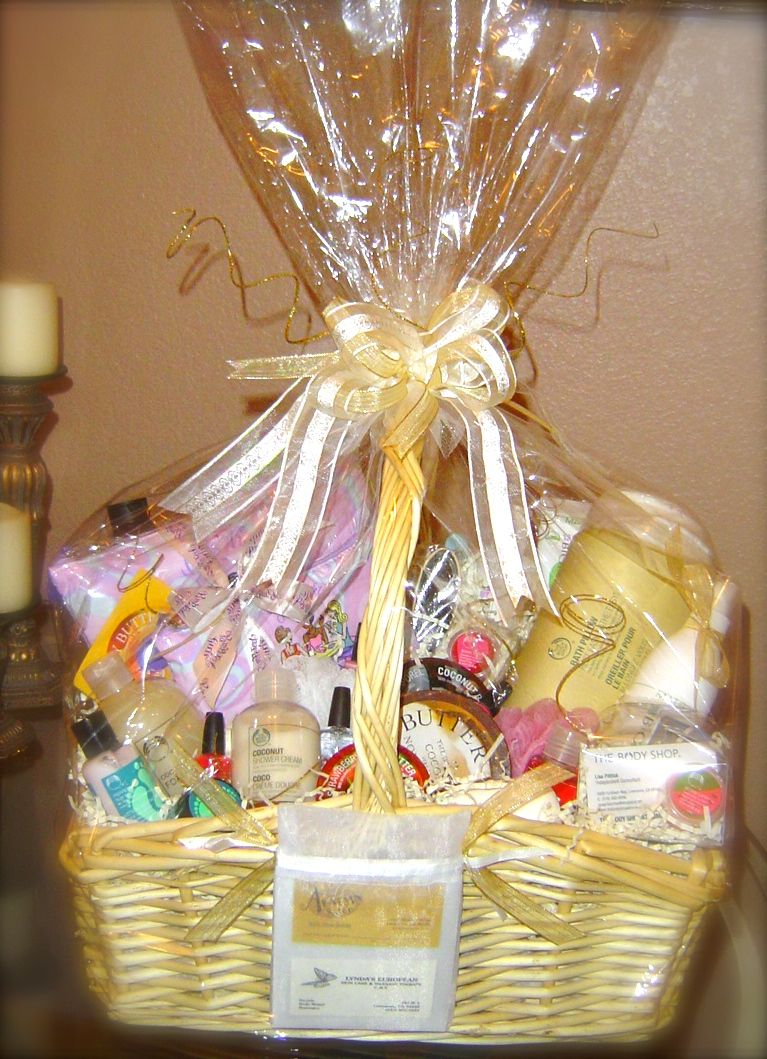 Spa day gift basket audjiefied gift baskets beer for Spa gifi