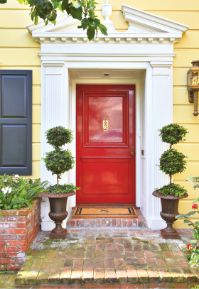 Bright Red Door Love The Color Scheme On This House
