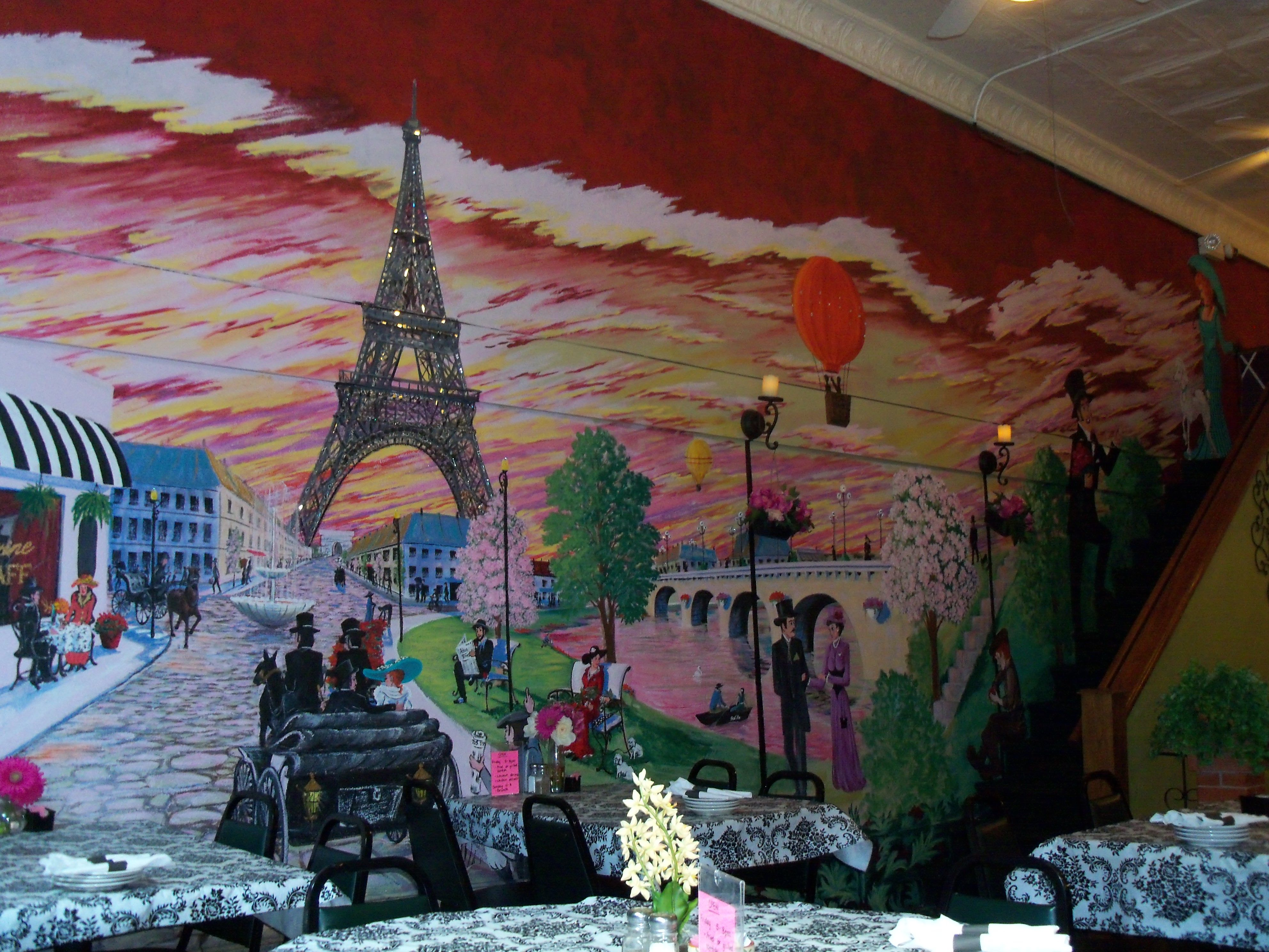 French dining grapevine restaurant beautiful wall for Beautiful wall mural