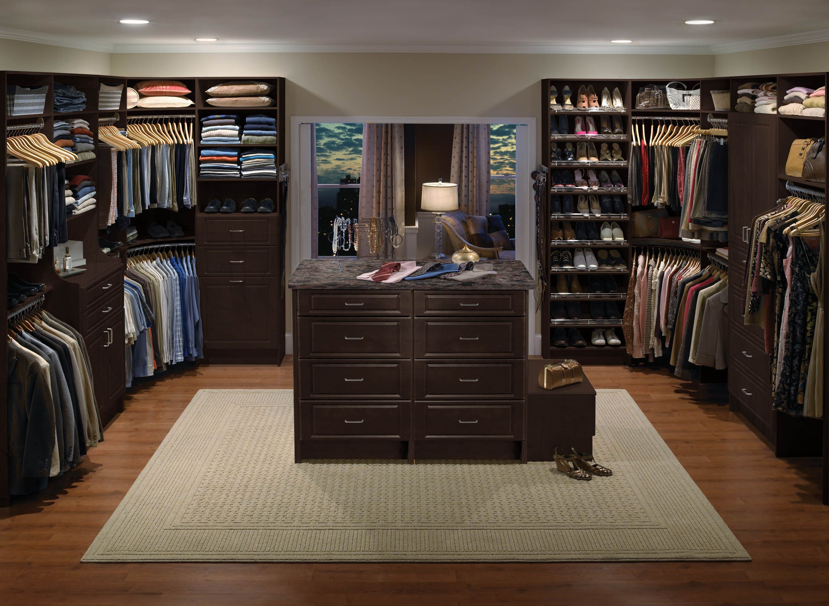 I Want A Walk In Closet With An Island Dream Home