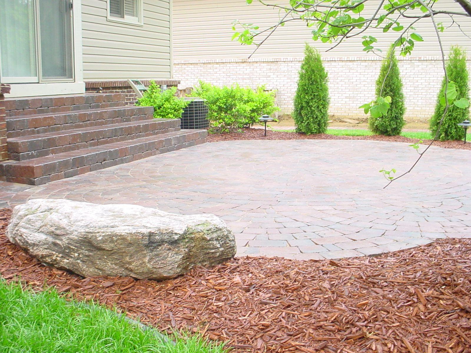 Tumbled brick paver patio brick pavers pinterest for Pinterest patio pavers