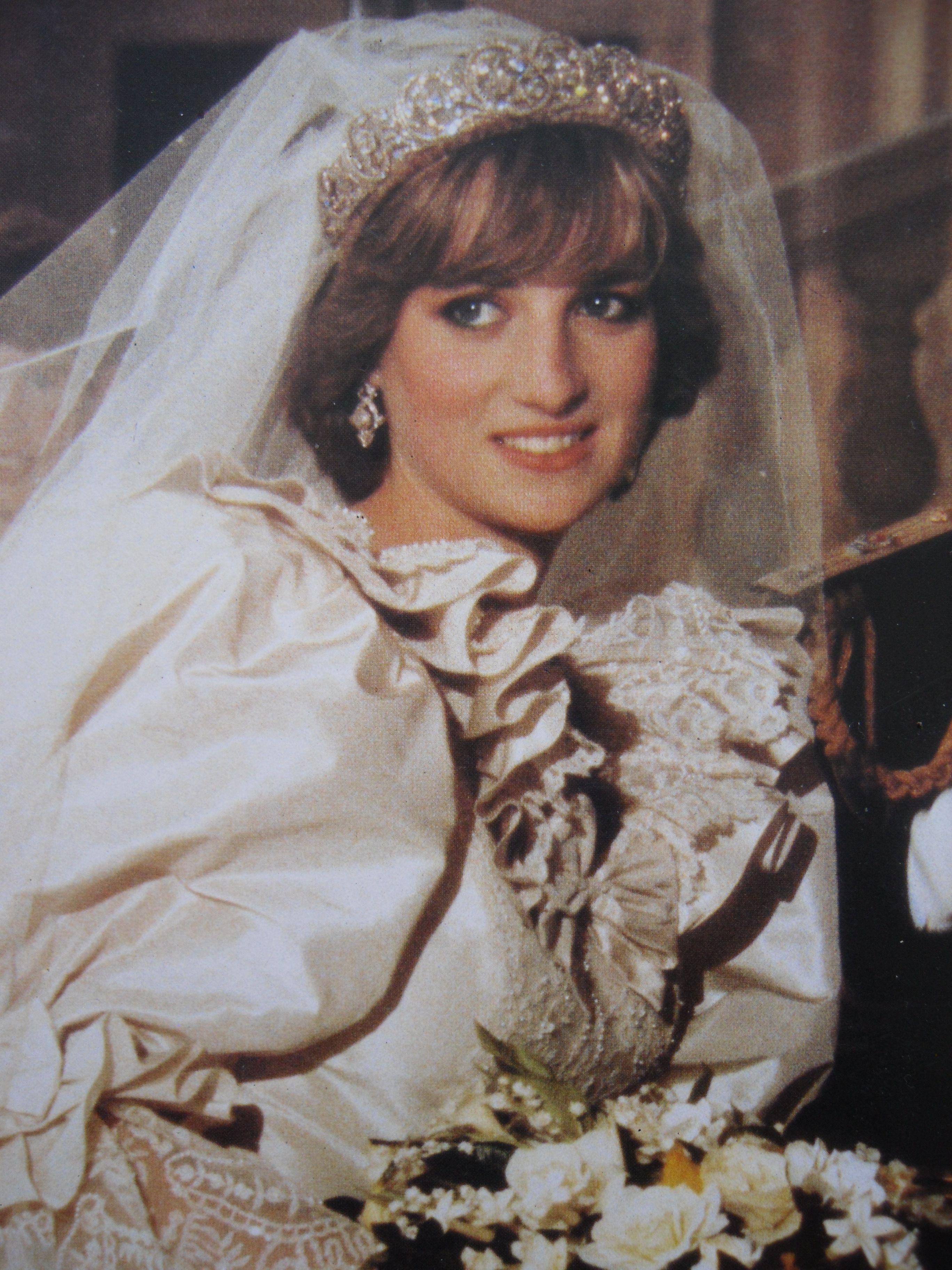 Princess diana charles diana wedding pinterest for Princess diana new photos