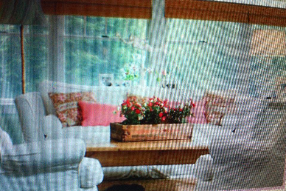 Pretty Coral Accents Home Decor Pinterest