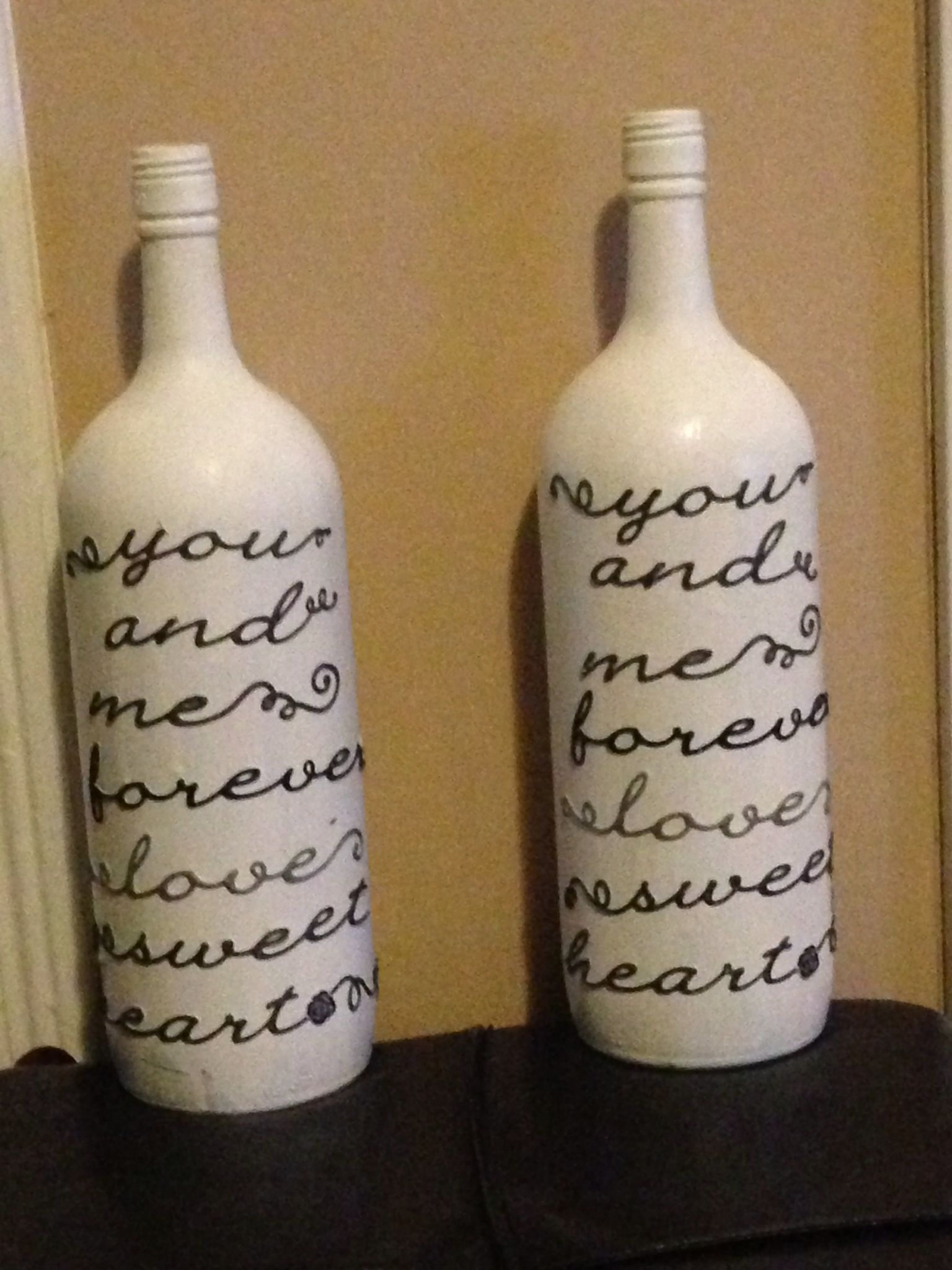 Recycled wine bottles | Sophomore Year Apartment | Pinterest