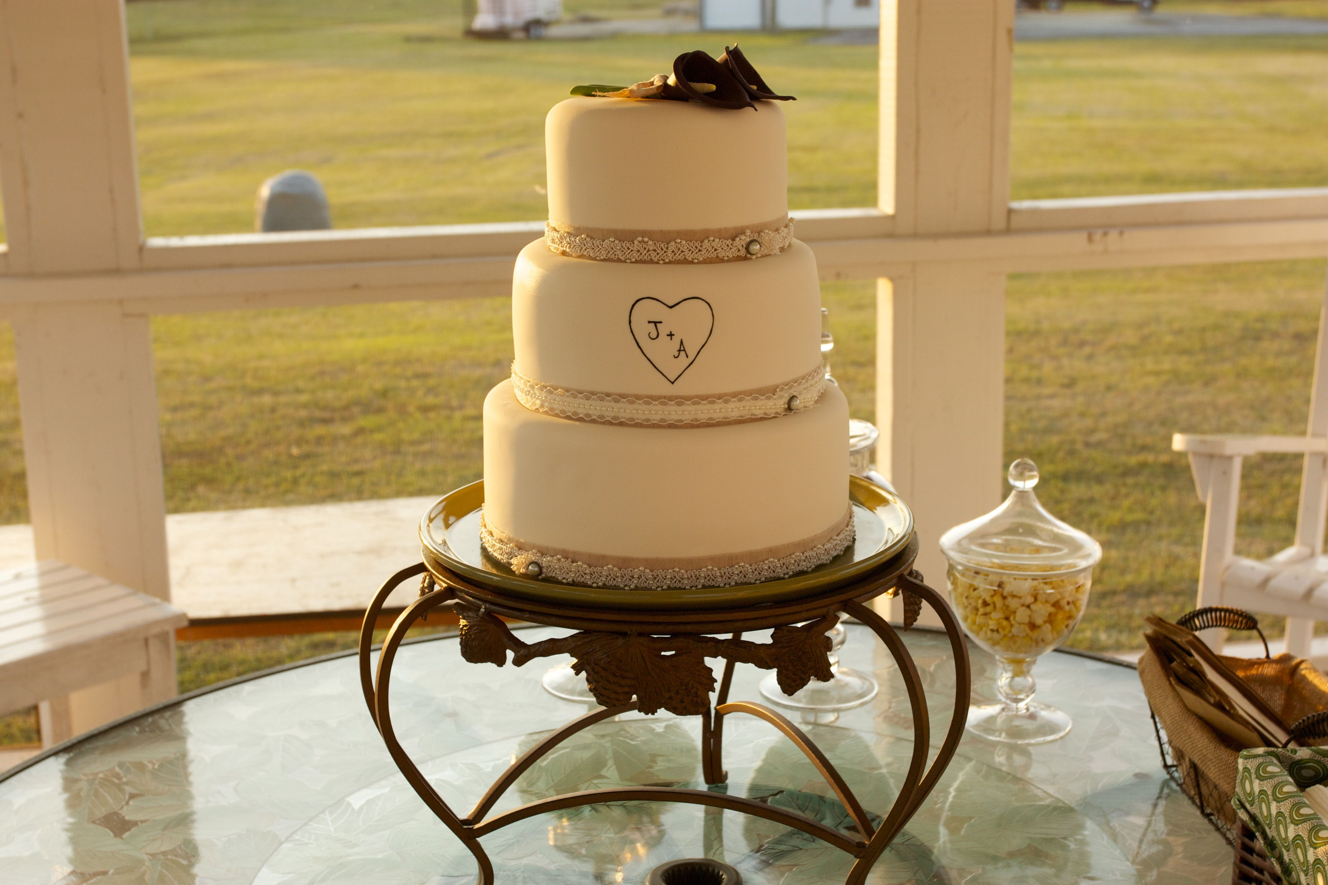 the most beautiful wedding cake EVER