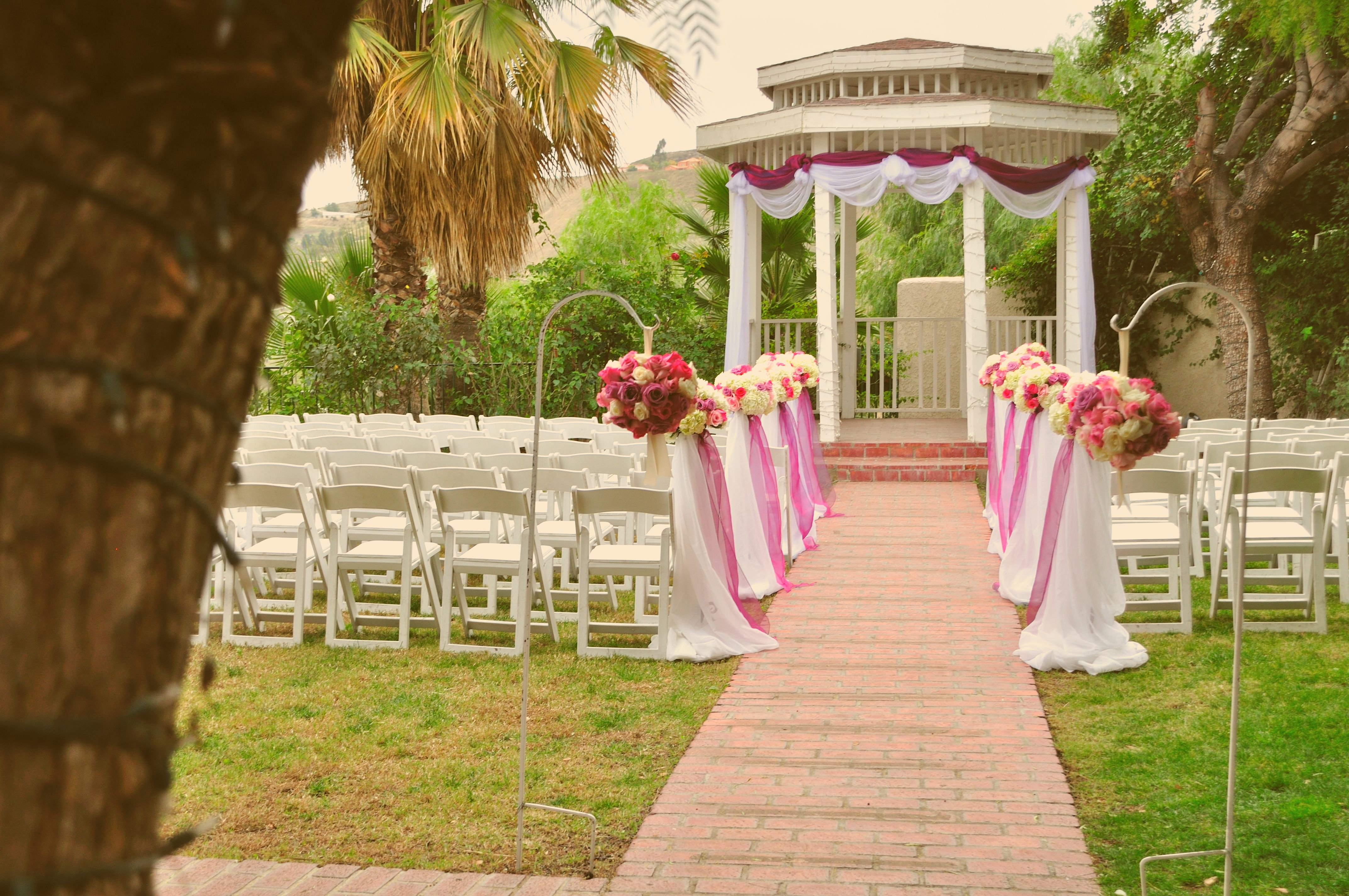 Outdoor Wedding Gazebo Decorating Ideas : Gazebo wedding flower decor amanda s