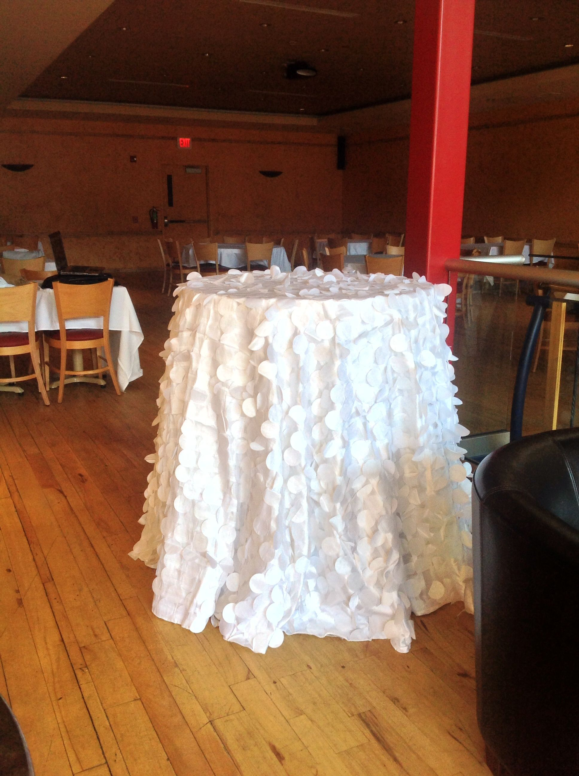 120 white petal tablecloth linen rentals palace events for 120 table cloth rental