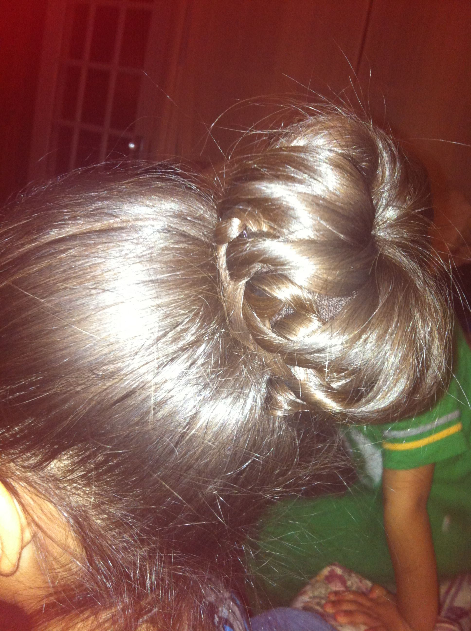 Crochet braid bun. Hair Pinterest