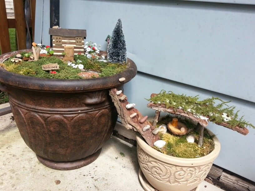 Fairy garden using containers and moss fairy garden containers pinterest - Fairy garden containers ...