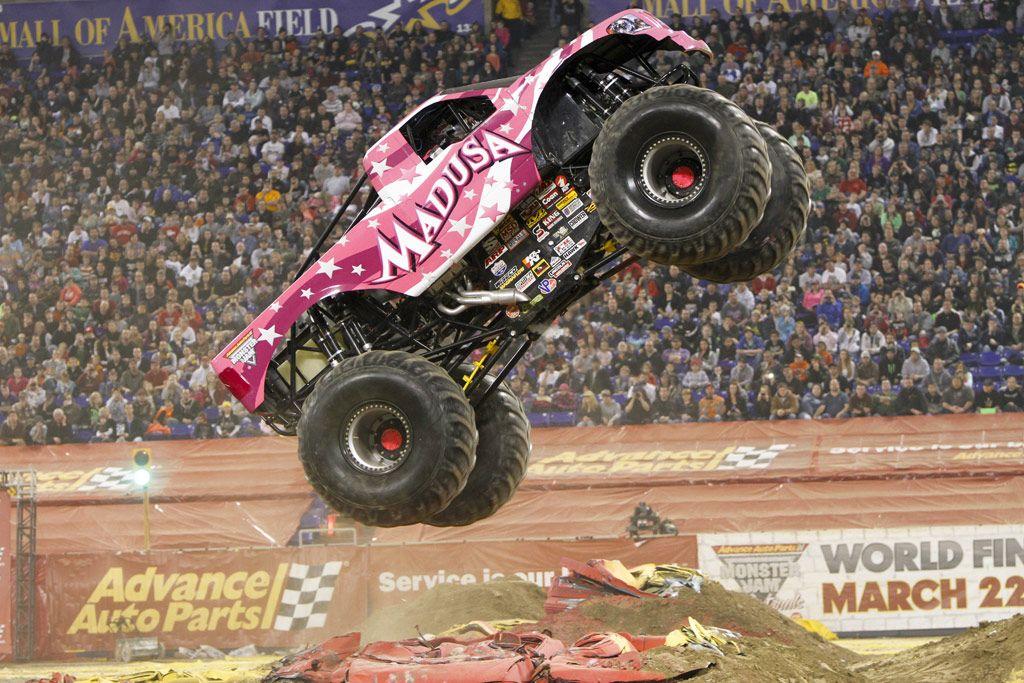 Ausmalbild Madusa Monster Truck: Monster Trucks