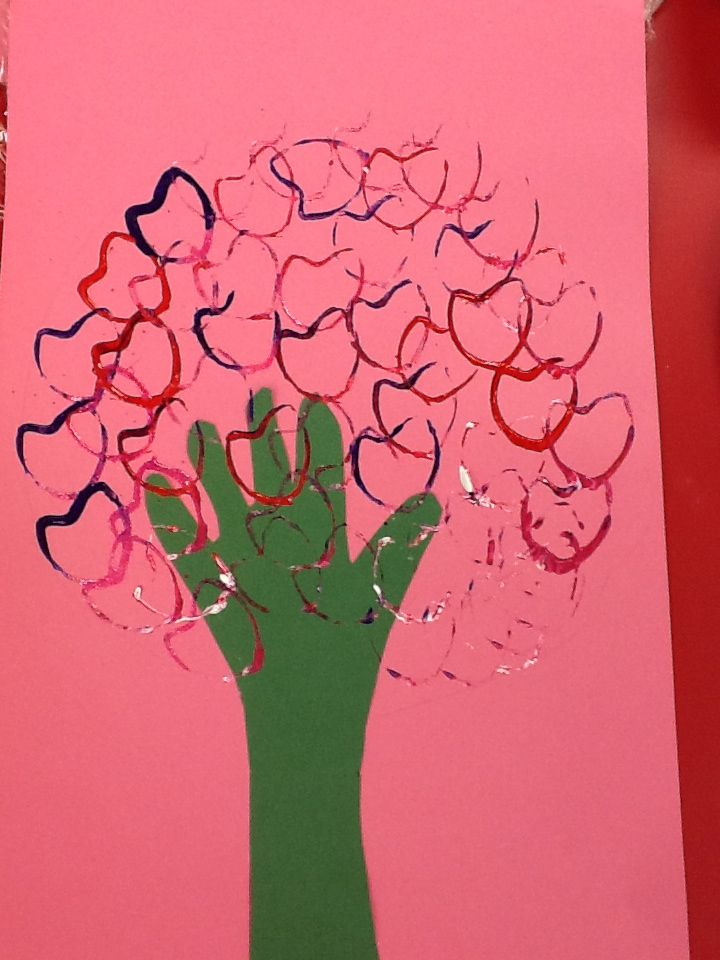Valentines crafts | Kindergarten art lessons | Pinterest