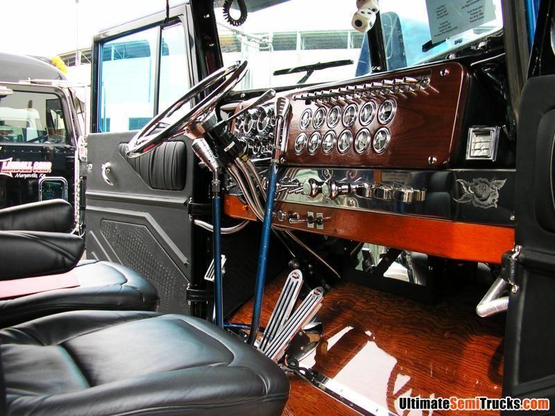 Inside big rigs pinterest for Interieur kenworth t2000