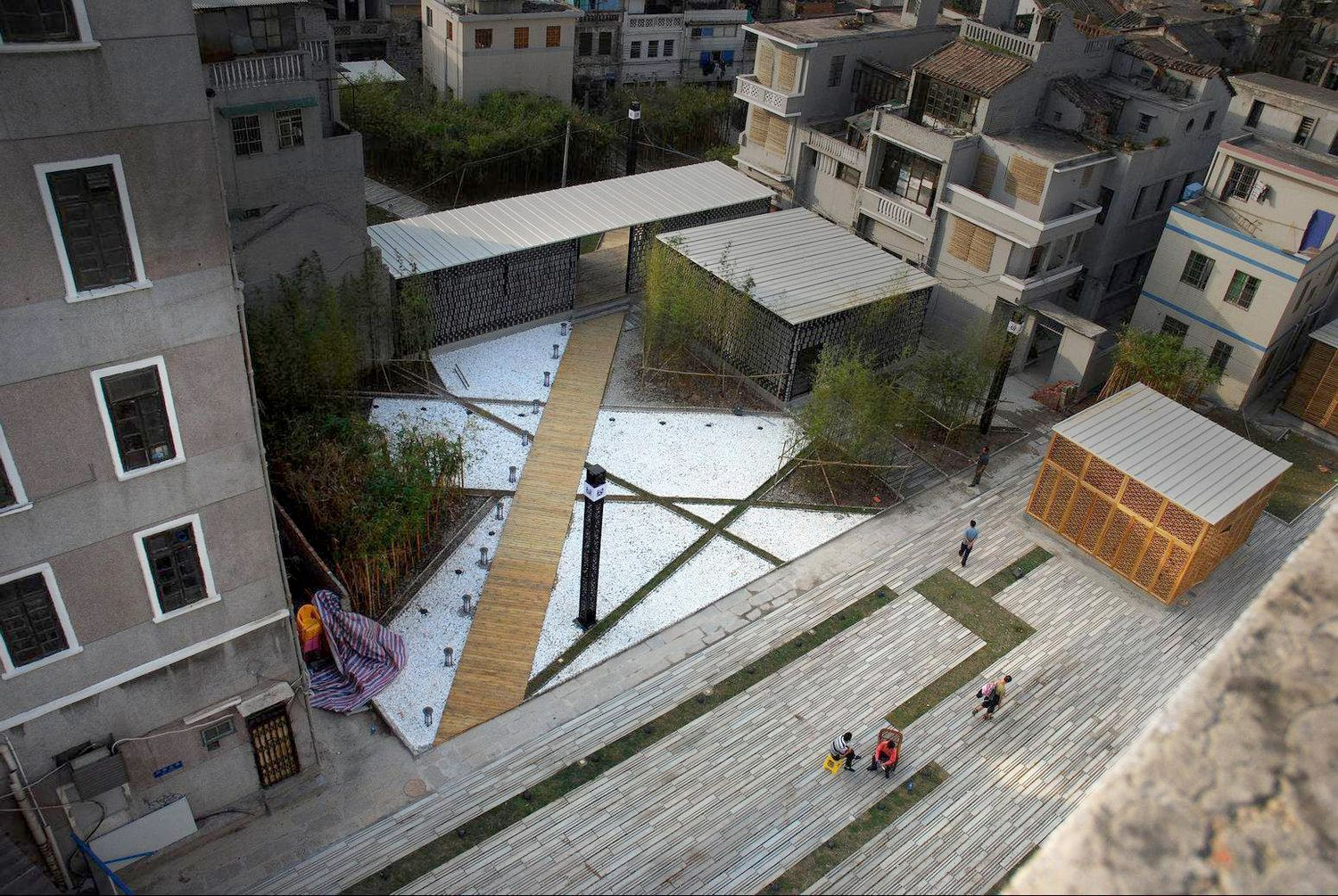 Enning Road Temporary Landscape by Atelier cnS | GARDENS ...