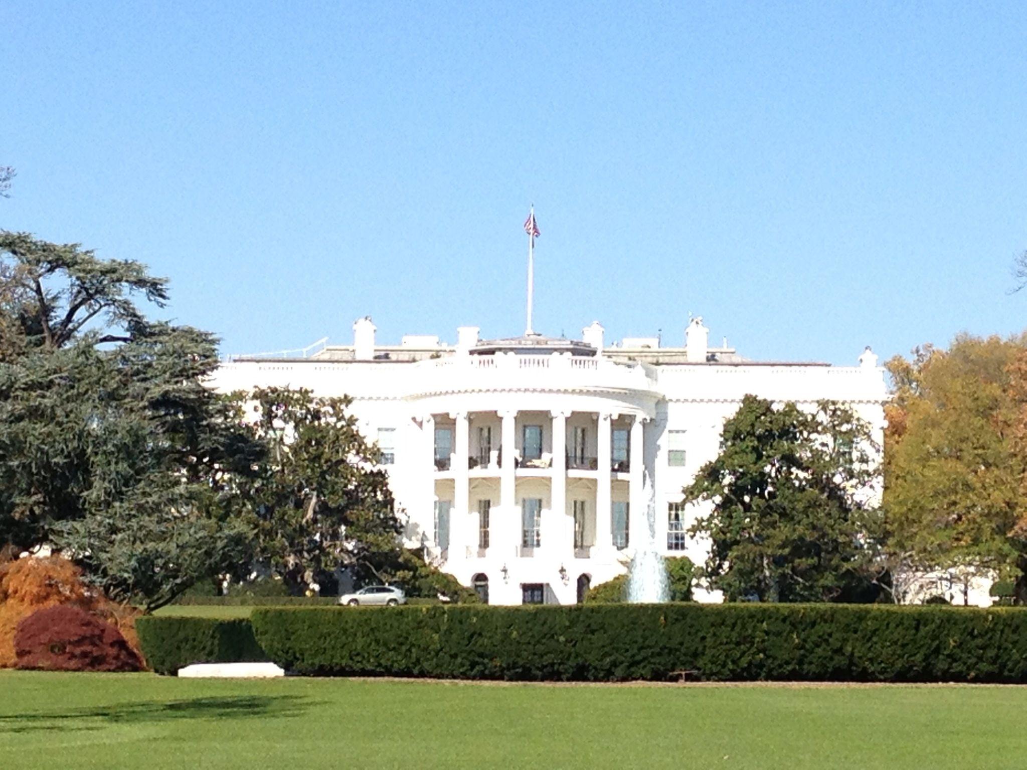 White House in Washington DC | Amazing places I went & I want to go ...: pinterest.com/pin/329607266447840512