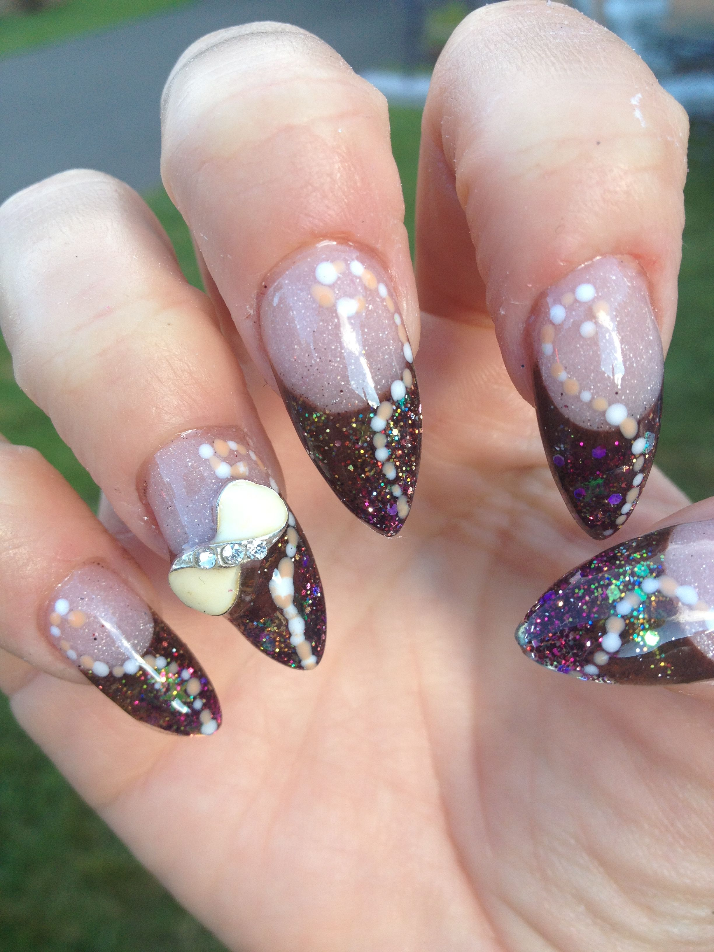 Acrylic nail design almond shape nails pinterest for Acrylic nail decoration