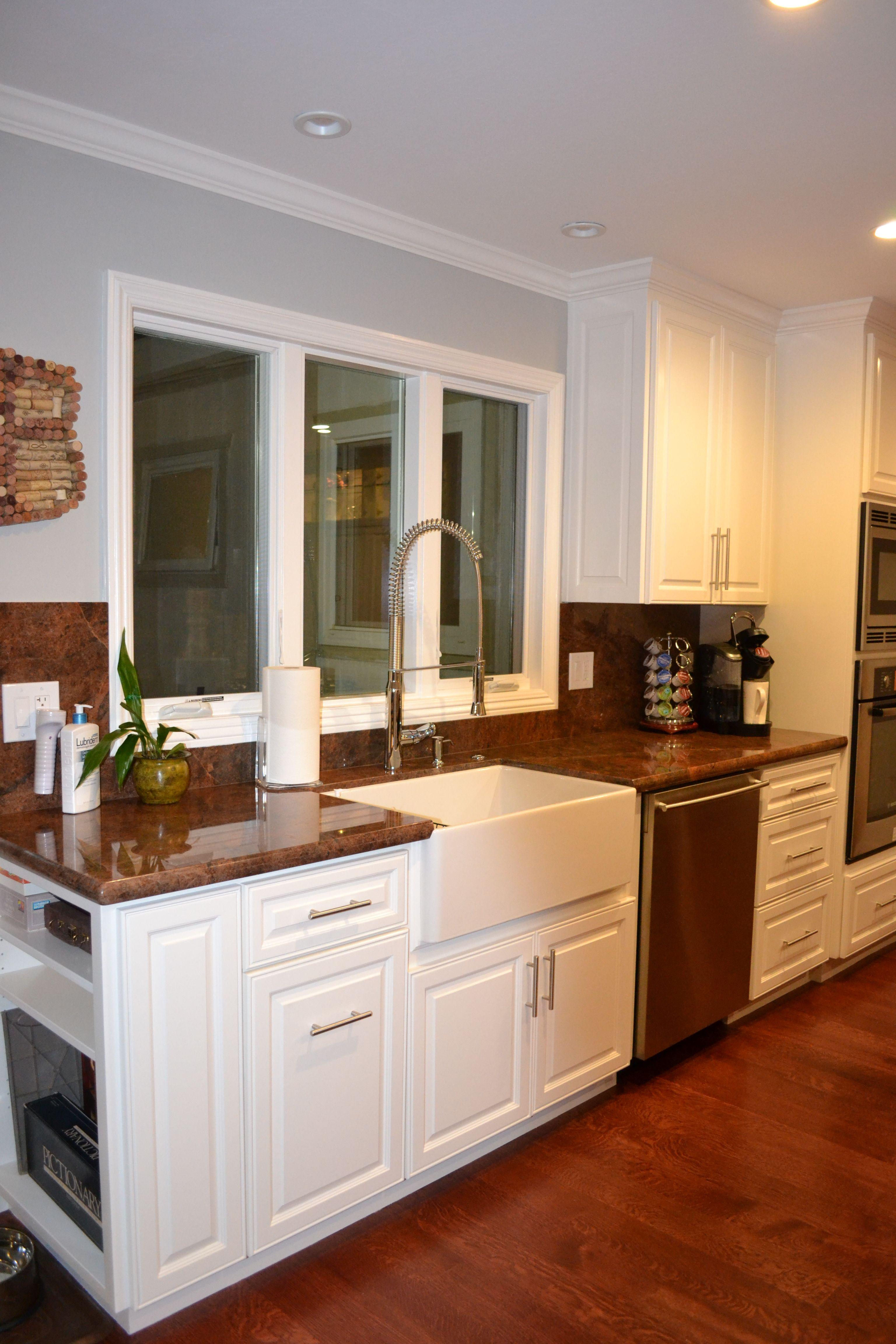 Small Kitchen Farm Sink : Small kitchen remodel. Farmhouse sink kitchen ideas Pinterest