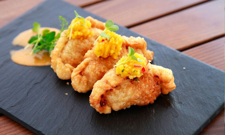 THAI CHICKEN EMPANADAS cheese / mango curry salsa | TORO Food ...