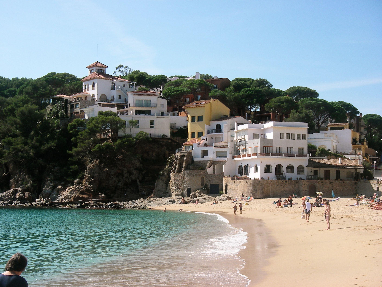 Llafranc beach costa brava my spanish adventure pinterest - Casa mar llafranc ...