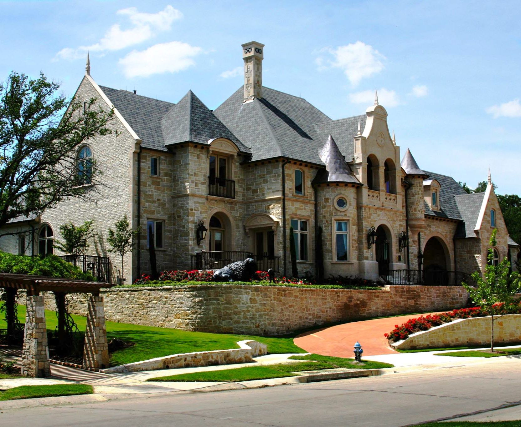 23 best simple european style mansions ideas building for Small dream house pictures