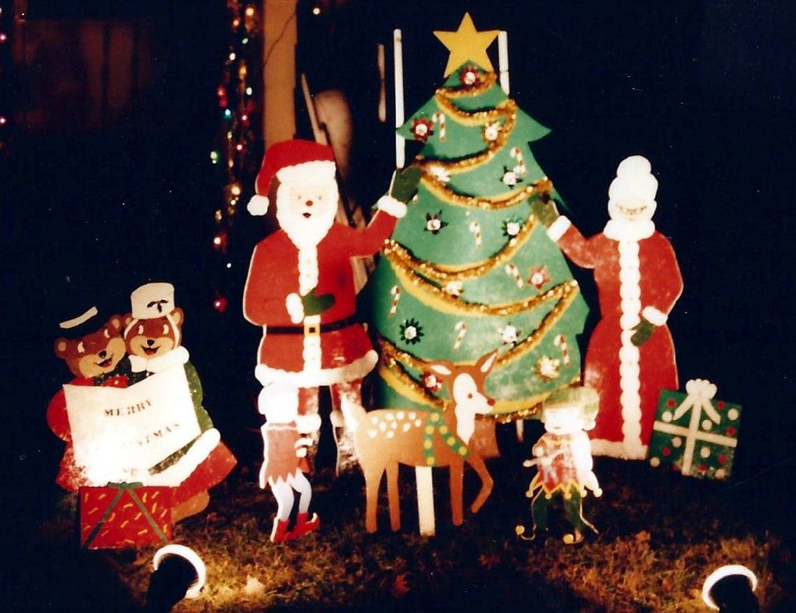 Wooden christmas yard decorations our crafts pinterest for Christmas decoration yard