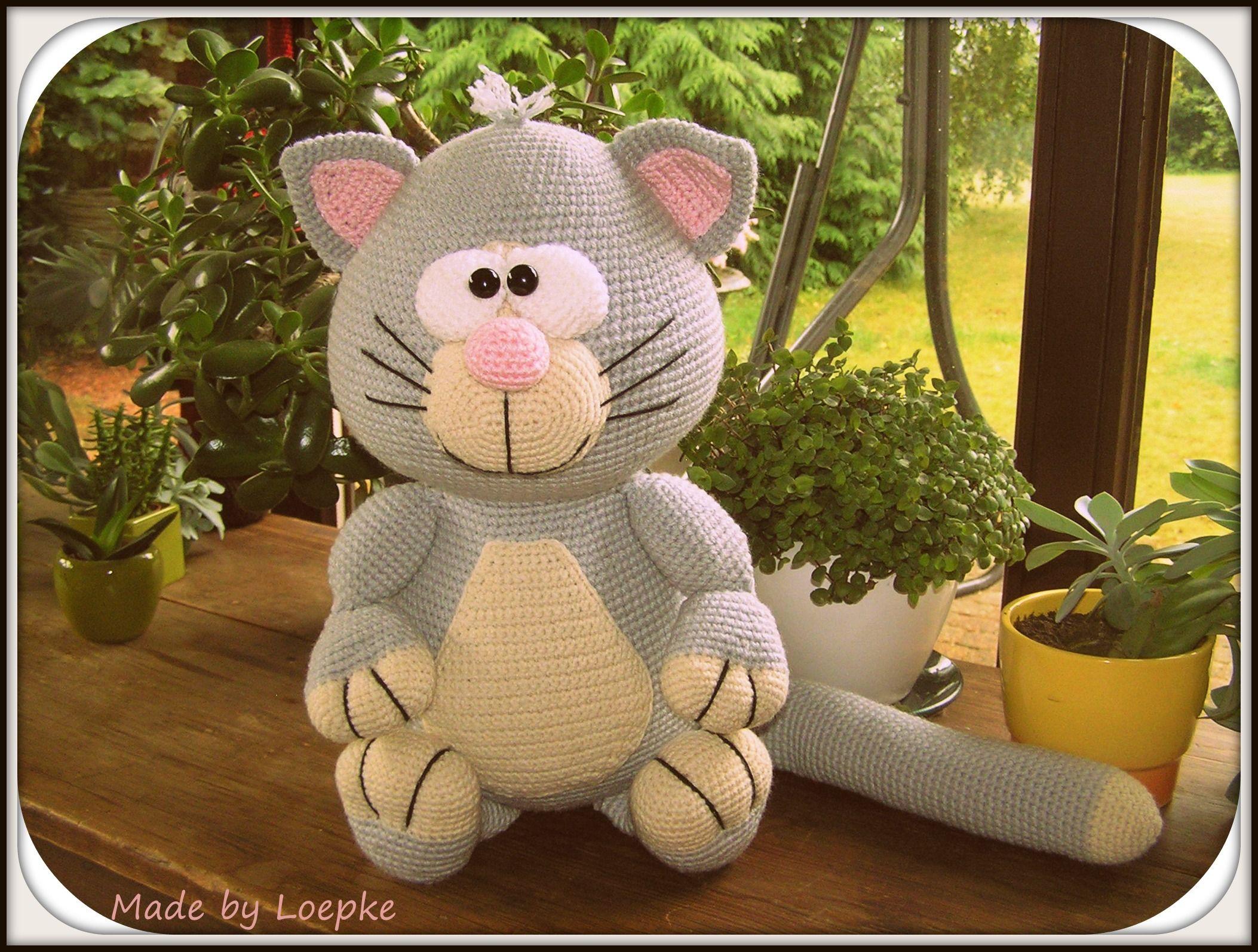 Big Cat Amigurumi : Big cat (pattern by Mala Designs) Crochet - Amigurumi ...