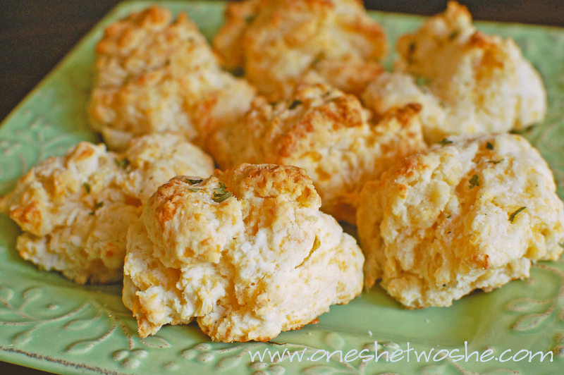 ... she says...: Southern Sides: Cheddar Biscuits & Buttermilk Cornbread