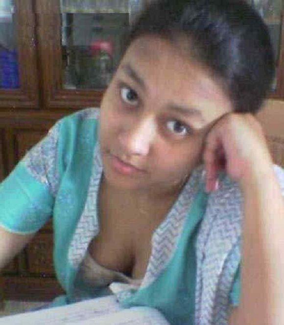 Bangladeshi college student bra | Desi hot pics ...