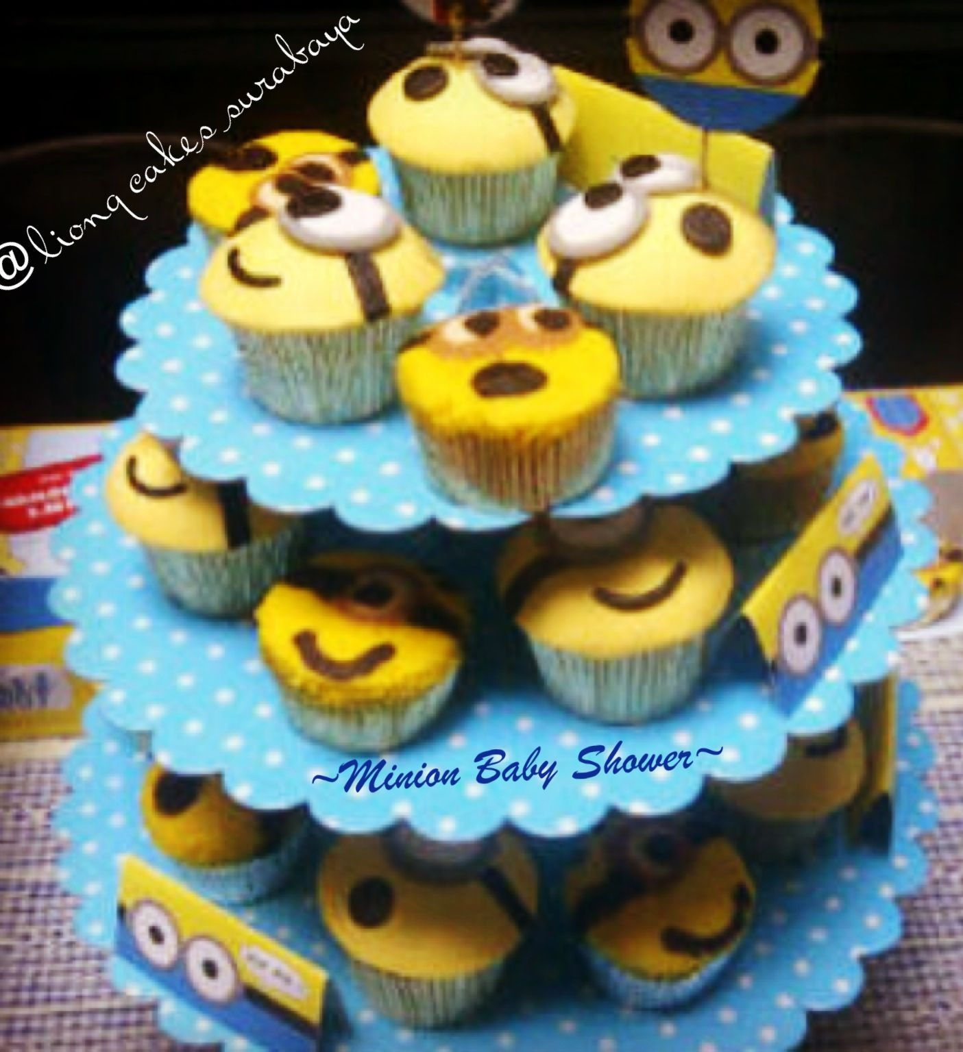 minion for baby shower liong cakes surabaya pinterest
