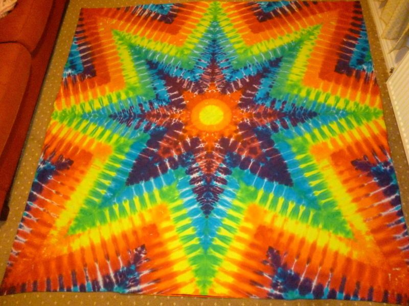 tie dye bedding colourful things pinterest